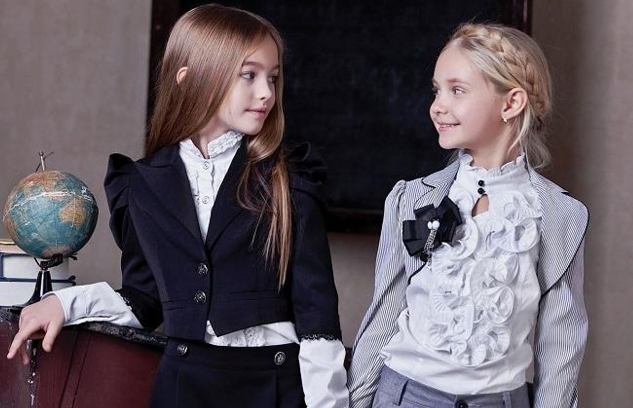 Як правильно одягнути дитину до школи: у МОЗ дали кілька порад