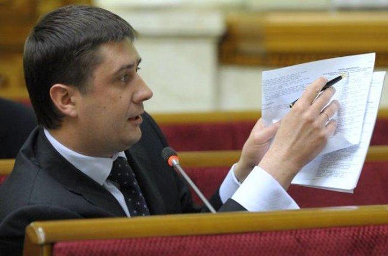 Віце-прем'єр їздить на Skoda і живе лише на зарплату