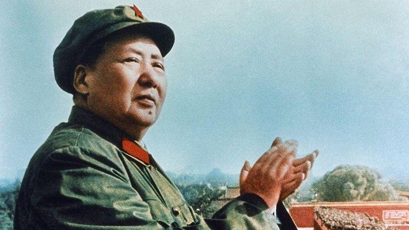 Війна з горобцями: головними ворогами Китаю були визнані ці маленькі птахи