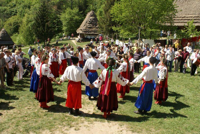 Великдень наших предків: найдавніші традиції святкування Пасхи в Україні