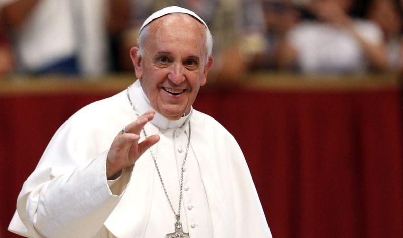 Папа Римський став електронним резидентом Естонії