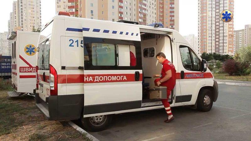 28 школярів потрапили до лікарні після інциденту в їдальні