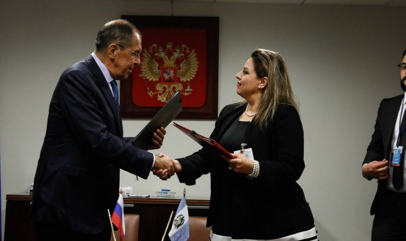 Росія домовилася із Гватемалою про зброю у космосі