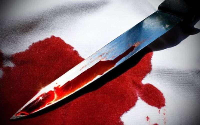 У Херсоні 21-річного хлопця пошматував ножем кращий друг