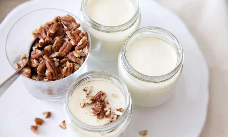 Натуральний йогурт: які продукти повинні входити до його складу