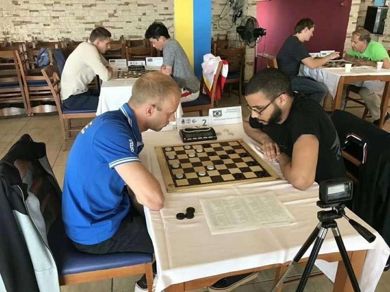 Українець став чемпіоном світу з шашок у бліці