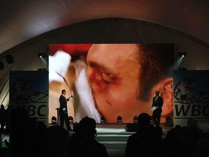 Кличко та Льюїс знову вийшли на ринг (відео)