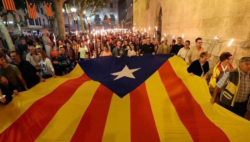 Каталонський ультиматум: іспанського прем'єра погрожують позбавити підтримки