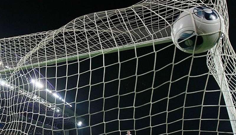 Прем'єр-ліга: Динамо перемогло Олімпік, Шахтар зіграв внічию із Зорею