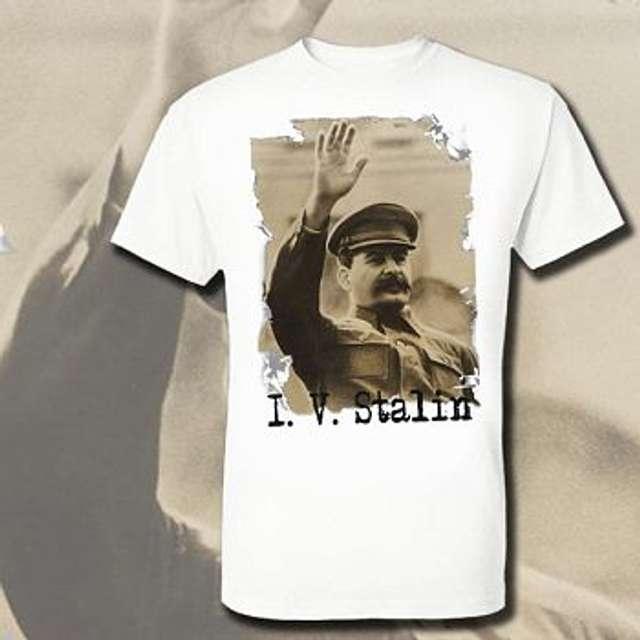 Польська прокуратура відреагувала на продаж футболок із зображенням Сталіна