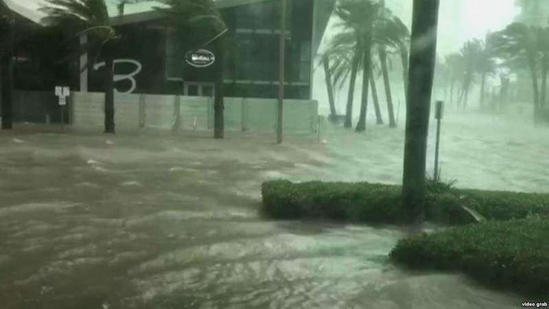 Шторм Майкл, який наблизився до США, став ураганом