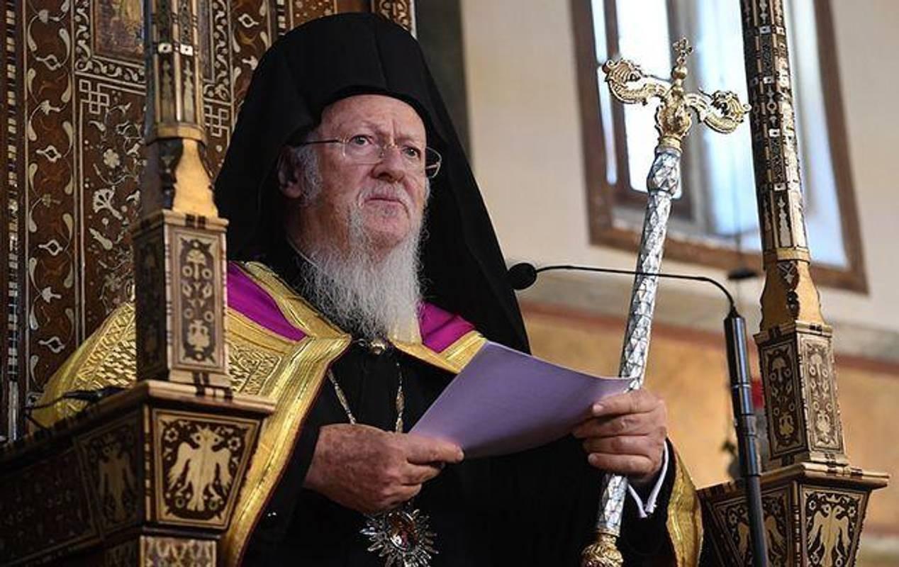 Кому вручать Томос після проголошення автокефалії Української церкви