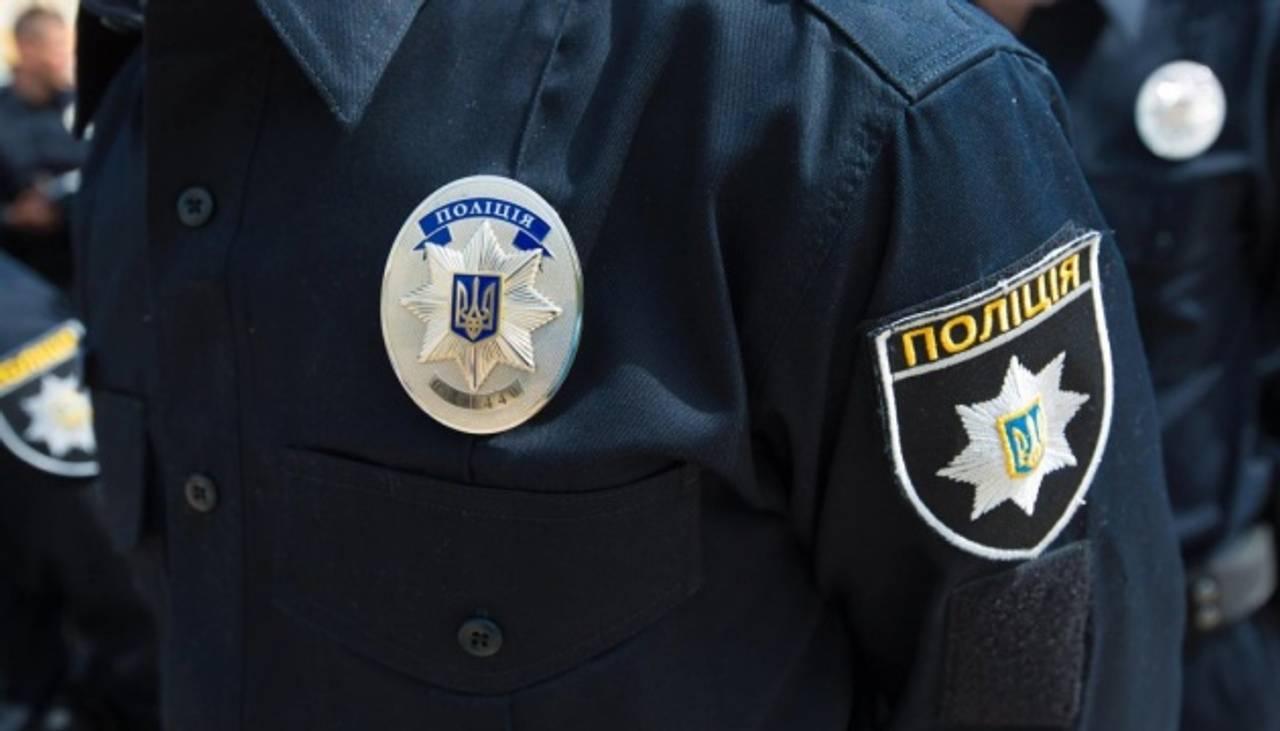 Поліція розслідує обстріл квартири прес-секретаря Омеляна як хуліганство