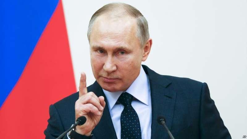 Урізання фінансування: Кремль звільнить половину управління, яким курує Сурков