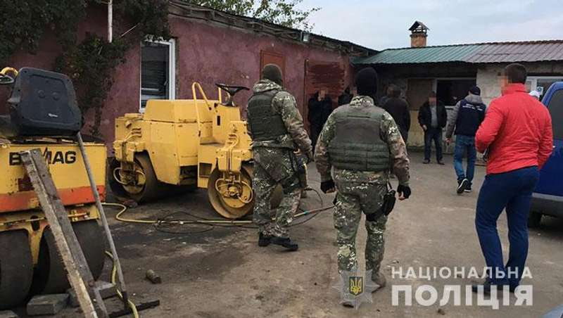 Київська поліція затримала зловмисників, які наживалися на ремонті доріг