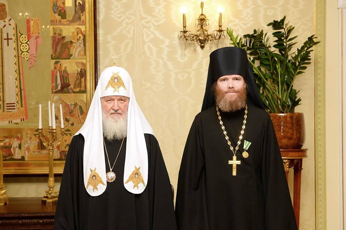 Без томосу і легітимності: суперечлива історія Московського патріархату