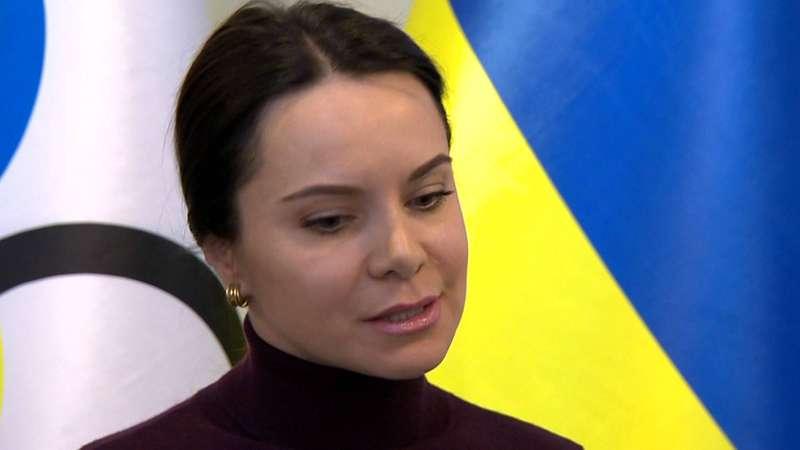 Олімпійська чемпіонка з Донецька не може відвідати могили рідних