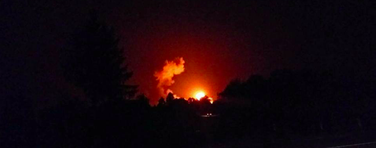 Пожежа на складах під Ічнею: досі вибухають снаряди, але рідко