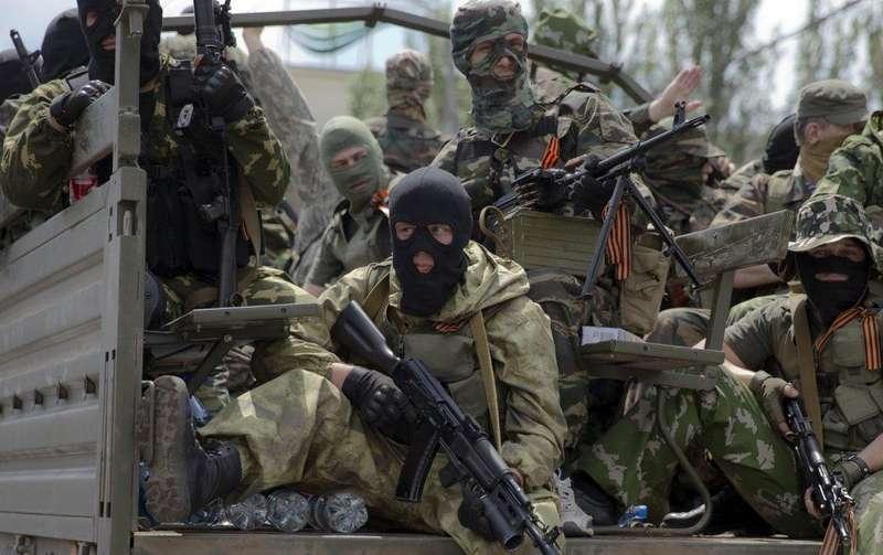 Доба на фронті: бойовики 26 разів обстріляли бійців ООС, одного поранено