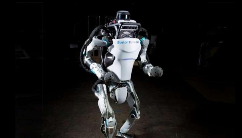 Людиноподібний робот продемонстрував дива спритності