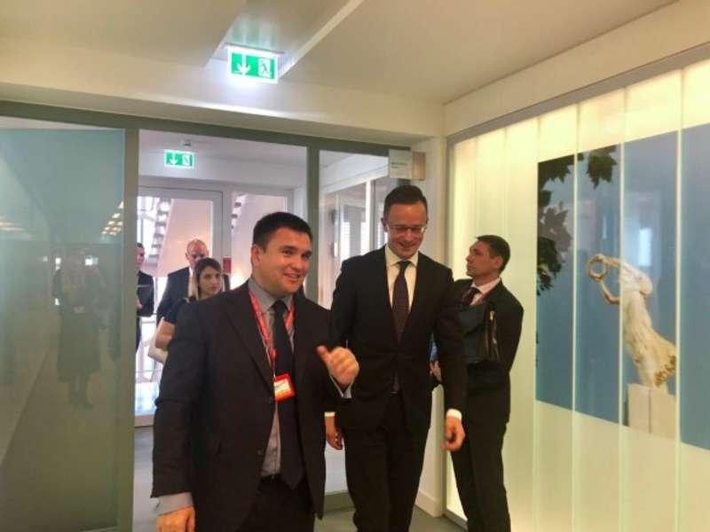 Угорщина продовжить блокування Комісії Україна-НАТО нарівні міністрів