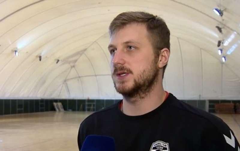Заради зміни громадянства воротар збірної України готовий відбути тривалий карантин