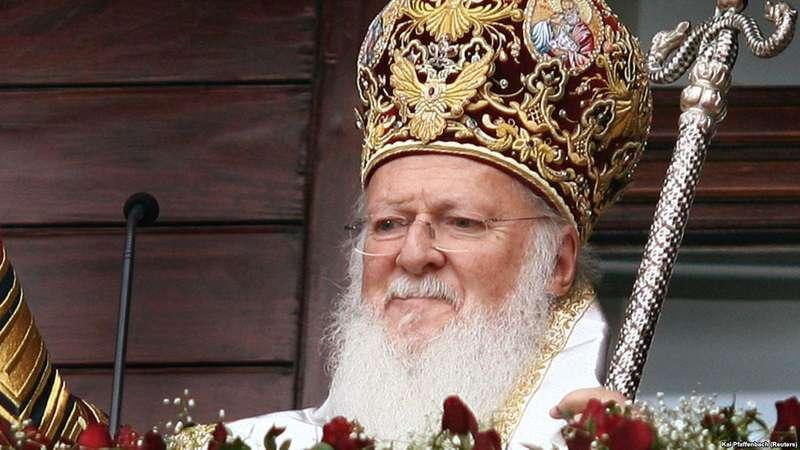 За крок до томосу: про що насправді йдеться у рішенні Синоду Константинопольського патріархату