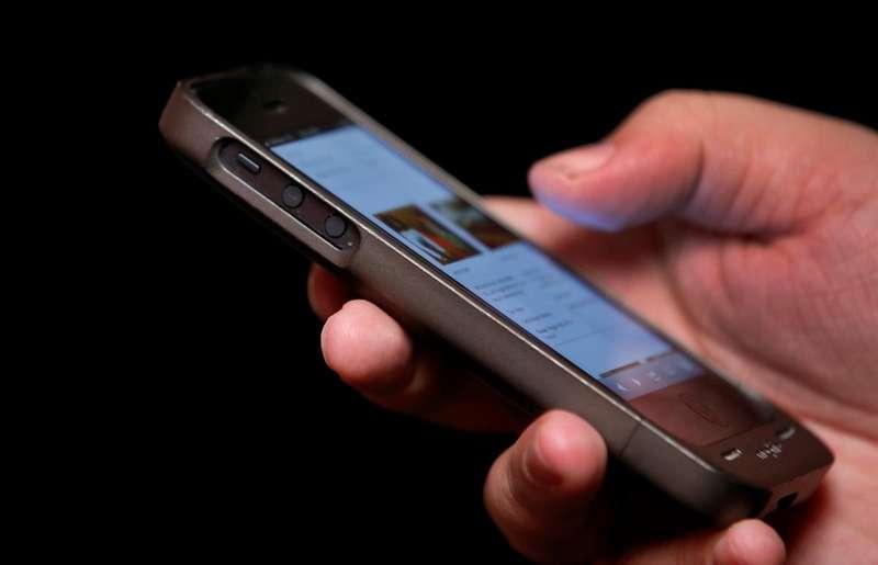 Телефони у 10 разів брудніші за туалети. Супрун попередила про загрозу від смартфонів