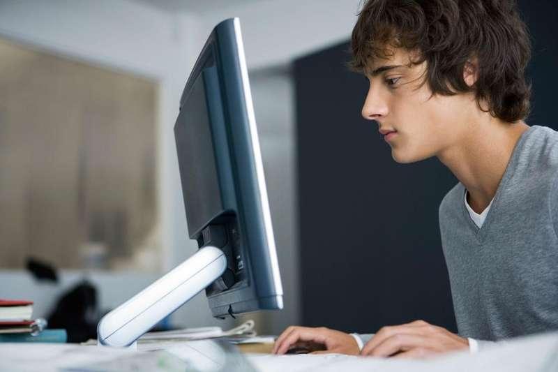 Супрун порадила, як провести час в інтернеті з користю
