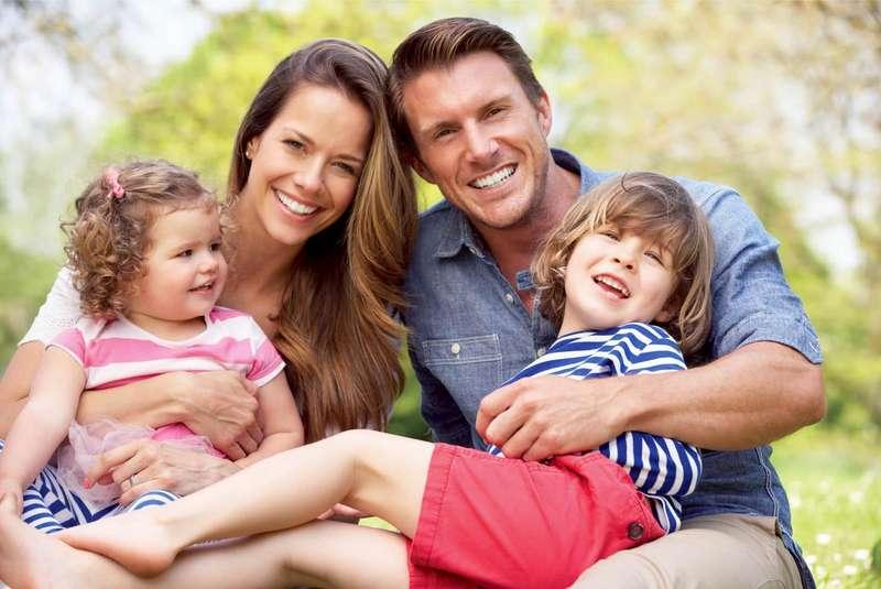 Гіперопіка і стосунки у сім'ї: як надмірна турбота про дітей впливає на подружжя