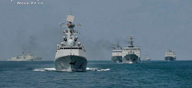 Американський есмінець змусили покинути територіальні води Китаю
