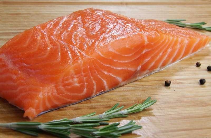 Вживання риби двічі на тиждень може продовжити життя– вчені