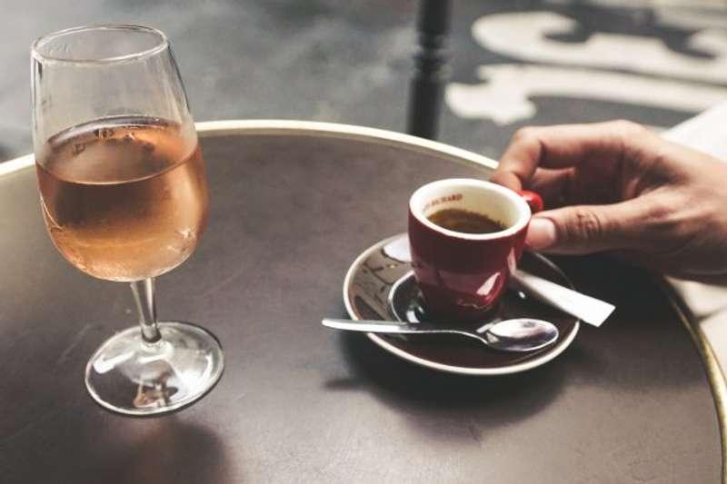 Медики назвали найшкідливіші для шлунку напої