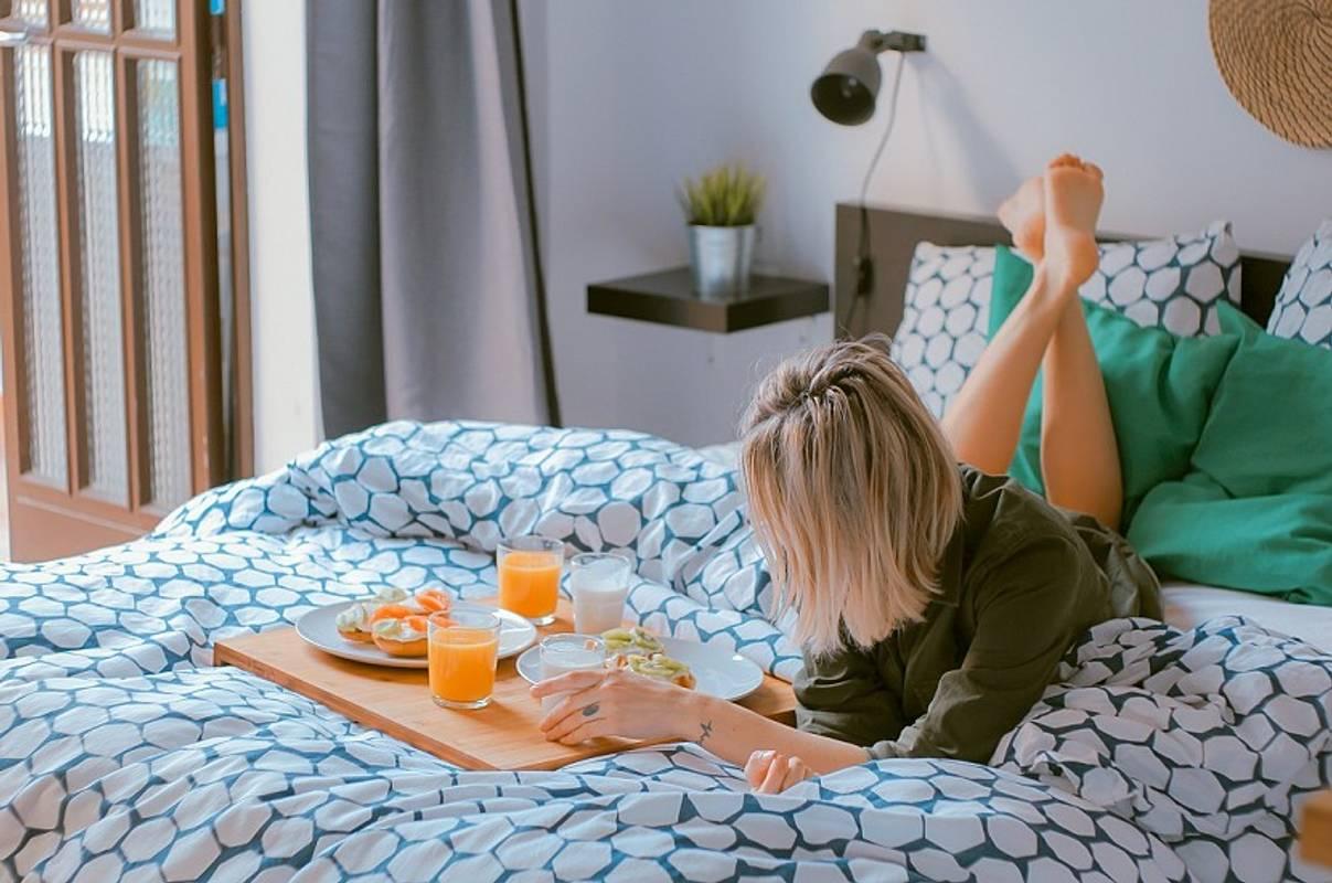 Простий спосіб швидко засинати і запобігти високому тиску та діабету