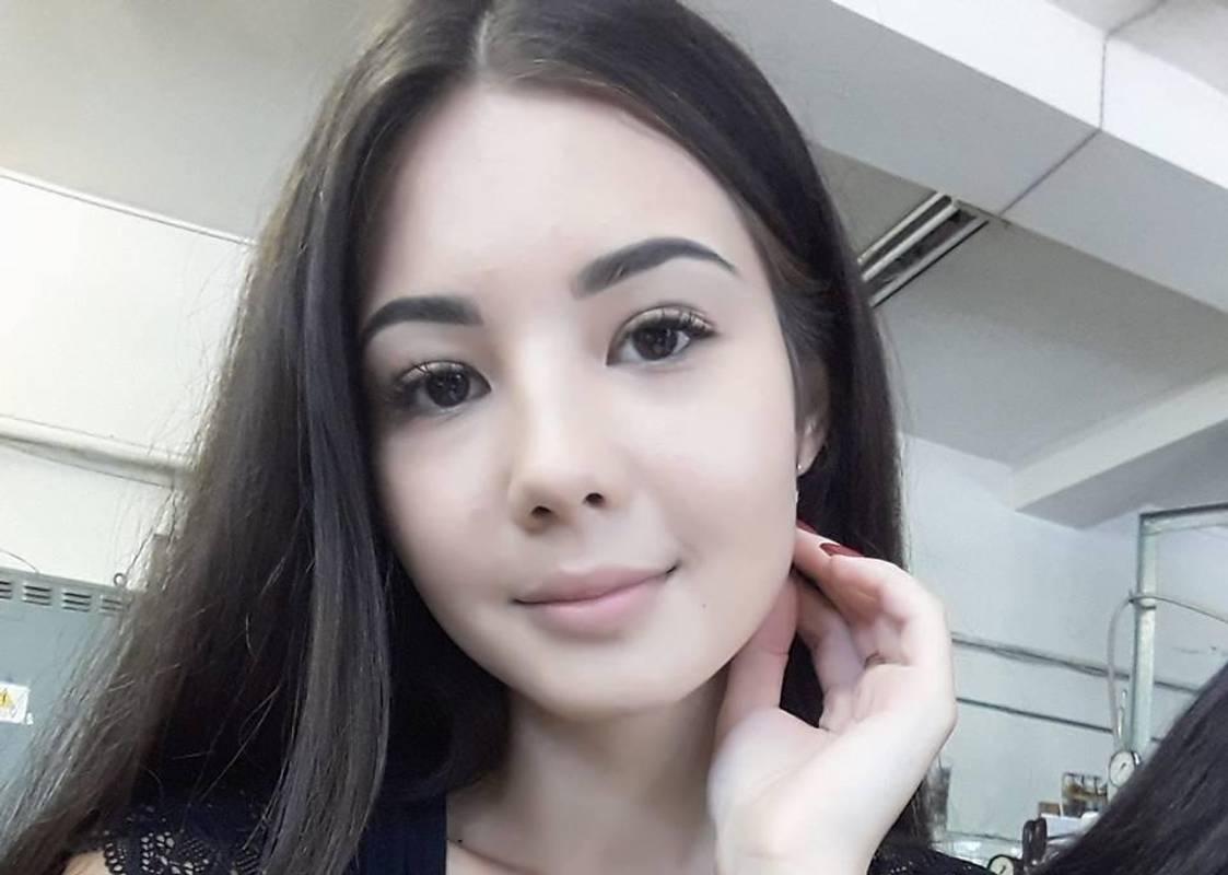 Секс-скандал у Нацполіції: дівчина публічно вибачилася перед Варченком