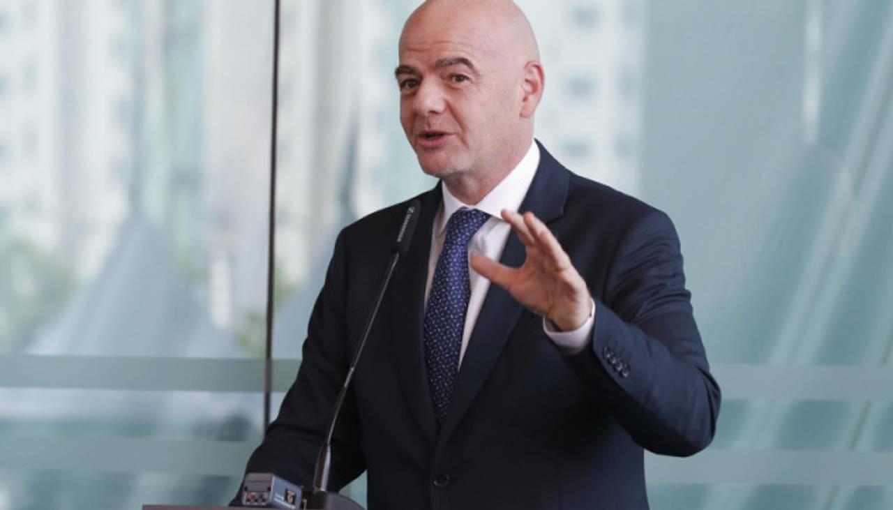Президент ФІФА визнав, що допомагав Ман Сіті і ПСЖ