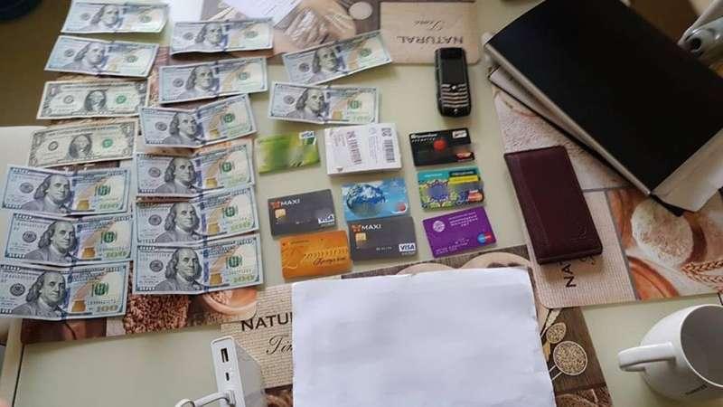 За підозрою у систематичному хабарництві затримали чиновників Київтранспарксервісу