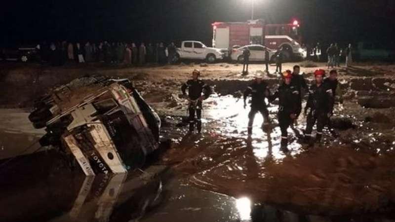Повінь у Йорданії не припиняється: тисячі туристів евакуйовані