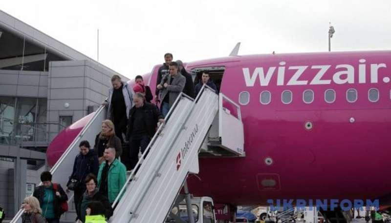 Wizz Air ще цього року відкриє три нові рейси з України в Європу
