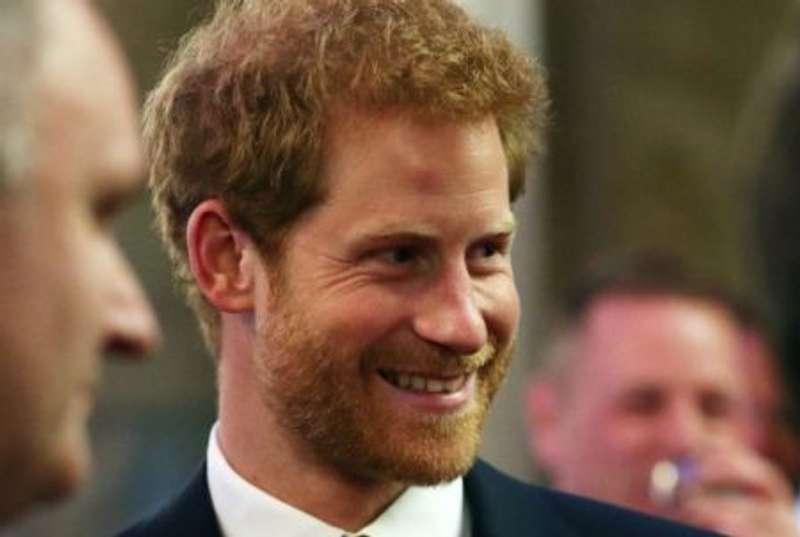Принц Гаррі перевершив королеву, а його дружина - свекра