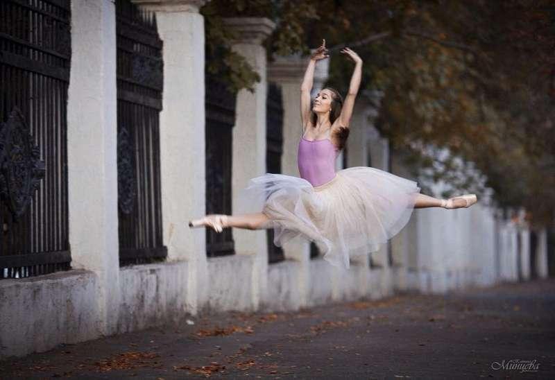 Трагедія на балеті: танцівниця упала в оркестрову яму