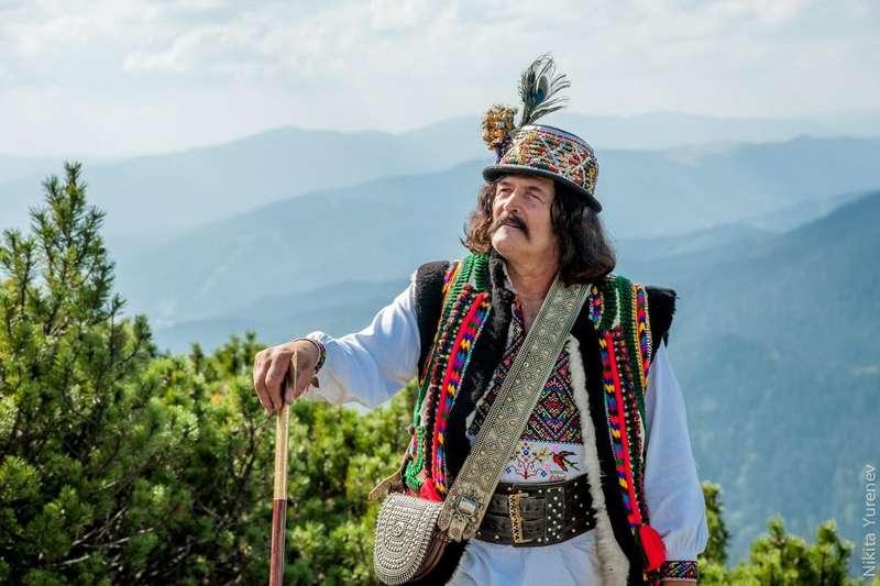 У Карпатах зростає попит на традиційний елемент одягу з ефектом броні
