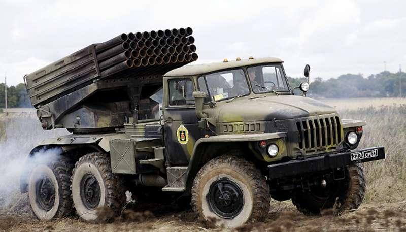 ОРДЛО підвели до лініїзіткнення 4 гради, 29 танків, 178 ББМ та артилерію