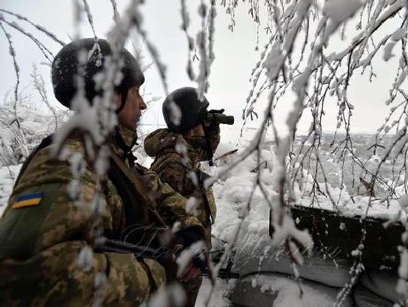 Війна на Донбасі: доба на фронті почалася із затишшя