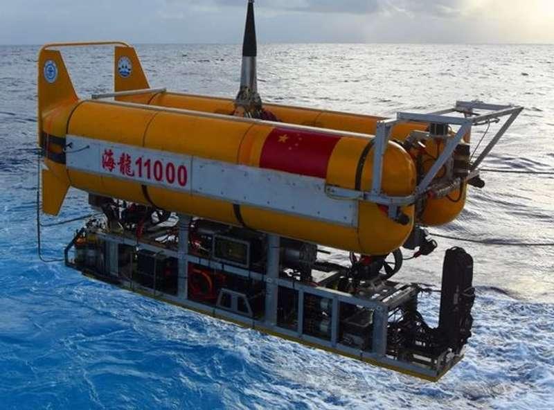 Китай планує побудувати підводну базу, якою керуватиме штучний інтелект
