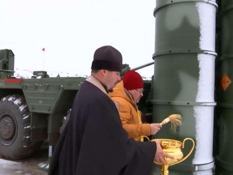 Росіяни освятили свої ракети в окупованому Криму