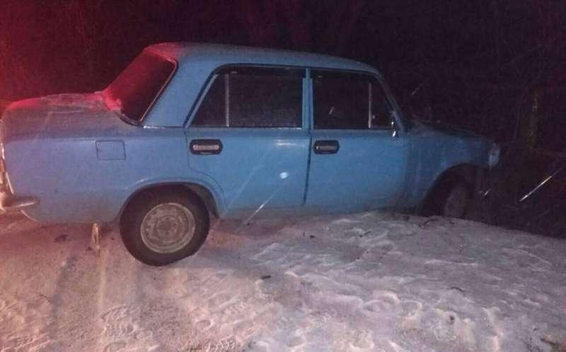 На Харківщині чоловік викрав автомобіль і влаштував аварію