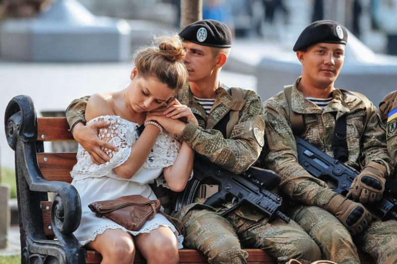 До дня ЗСУ: хто, як і чим захищає Україну
