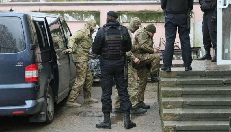 Росія підтвердила, що захоплені у Керченській протоці українські моряки - у Москві