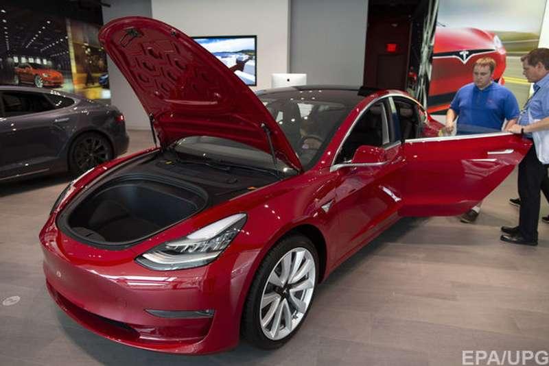 Замовлення автомобілів Teslaстало можливим з Україні